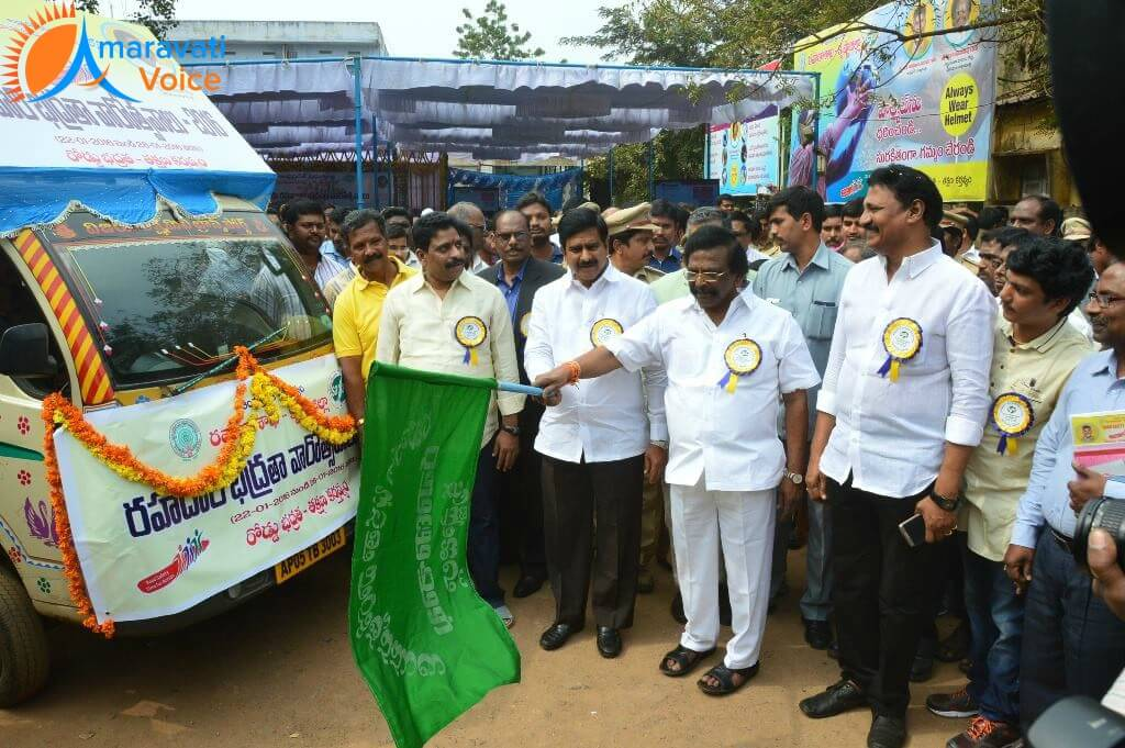 road safety week vijayawada 22012016 3