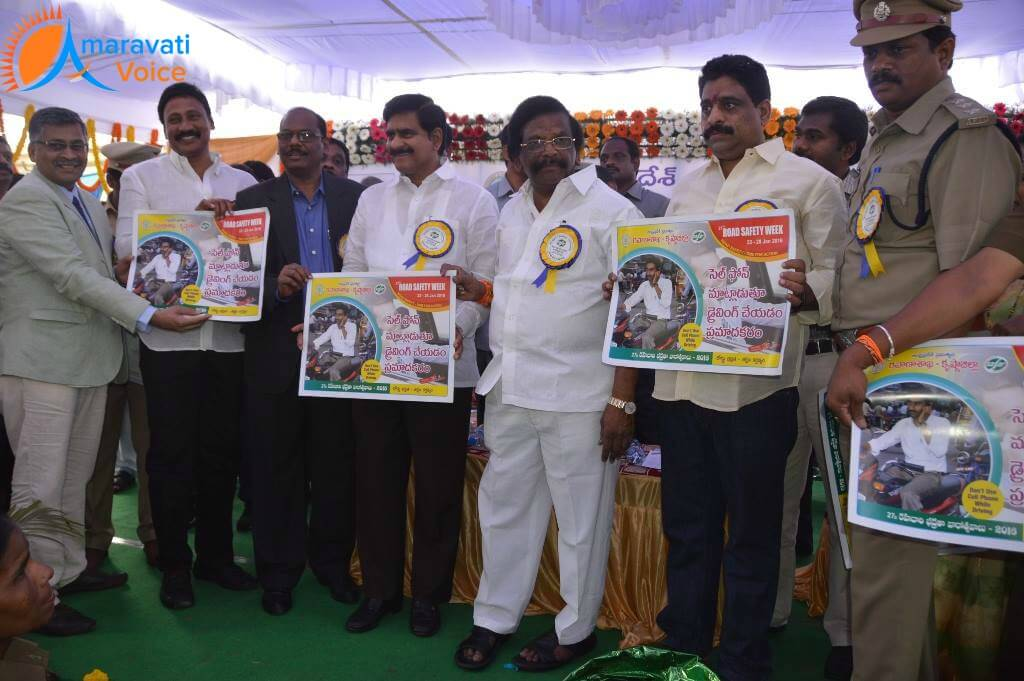 road safety week vijayawada 22012016