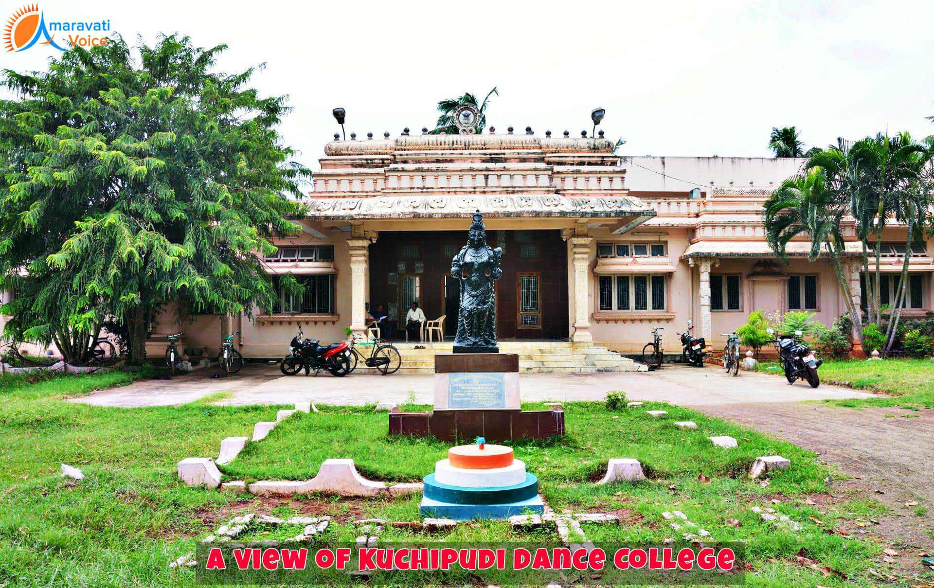 Kuchipudi Dance Colleges